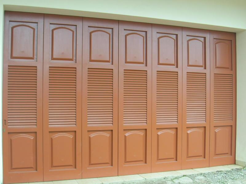 Pintu Garasi Lipat Arsip Pusat Pintu Garasi Besi Wina Rel Pintu
